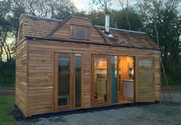 shipping-container-tiny-home-exterior