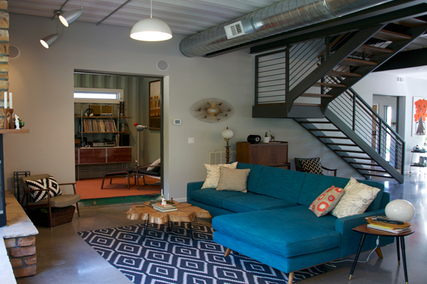 shipping-container-homes-bright-internal